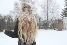 5 Top tips to look after your hair in winter: